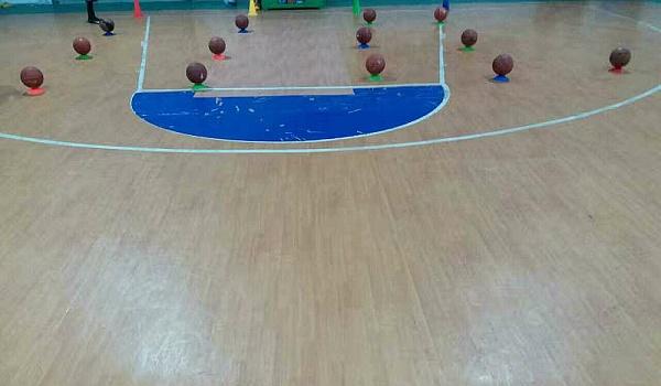 开学季,最好的礼物!篮球!