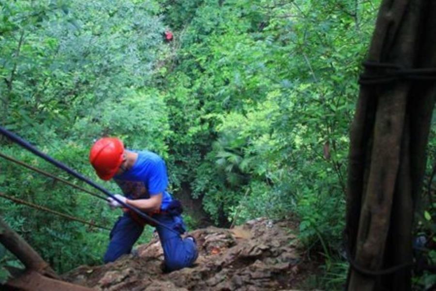 游友旅行 | 速降、探洞、攀岩,纪龙山挑战心跳