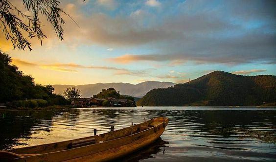 ⚡美丽的泸沽湖畔⚡健康快乐生活营8月4.5.6日即将隆重开营