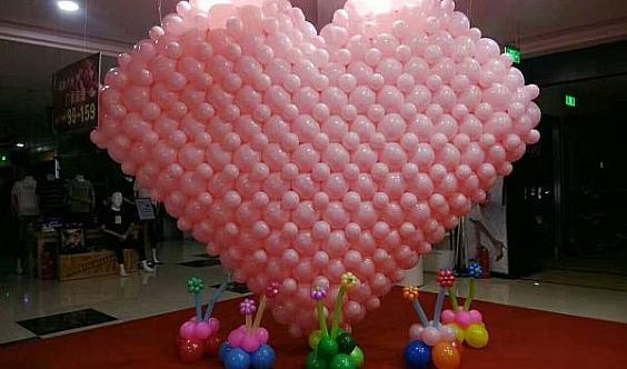招气球艺术展合作商